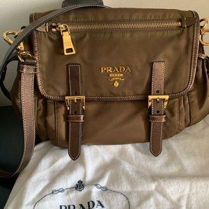 Prada Handbag 👜